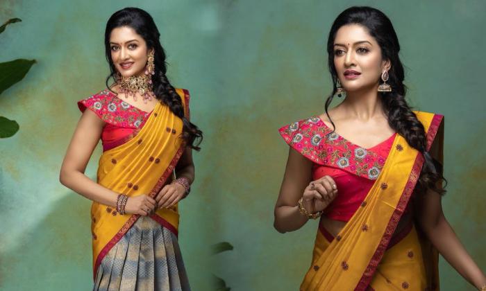 Alluring Images Of Actrees Vimala Raman-telugu Actress Hot Photos Alluring Images Of Actrees Vimala Raman - Telugu Beau High Resolution Photo