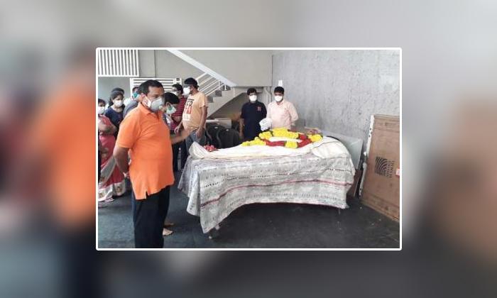 Ap Minister Vellampalli Srinivasarao Father Passed Away-TeluguStop.com