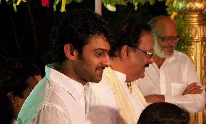 Unknown Facts About Prabhas Father Movie-TeluguStop.com