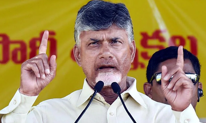 The Ycp Is Losing Out On A Series Of Cases Registered Against Chandrababu-బాబు పై వరుస కేసులు నష్టం ఎవరికి -Political-Telugu Tollywood Photo Image-TeluguStop.com