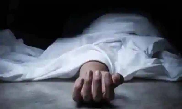 Chundur SI Pilli Sravani Died While Receiving Treatment-Latest News English-Telugu Tollywood Photo Image-TeluguStop.com