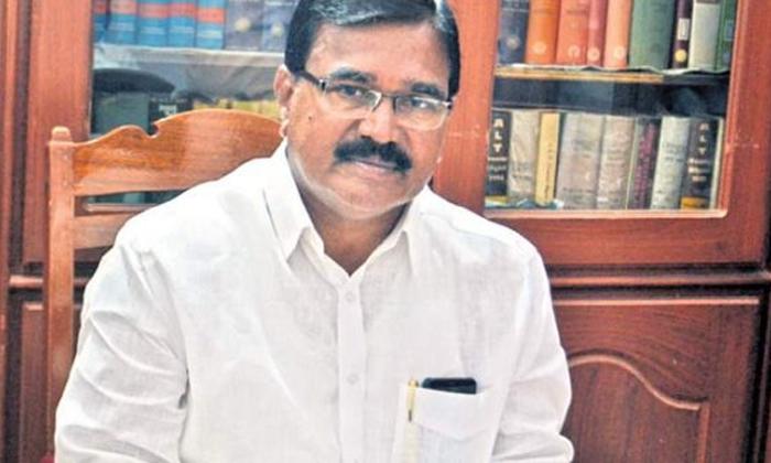Allegations Of Land Grabbing Against Trs Ministers-TeluguStop.com