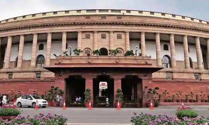 Parliamentary Sessions In The Latest Style-TeluguStop.com