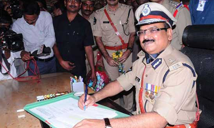 Former Andhra Pradesh Dgp Bayyarapu Prasada Rao Passes Away-TeluguStop.com