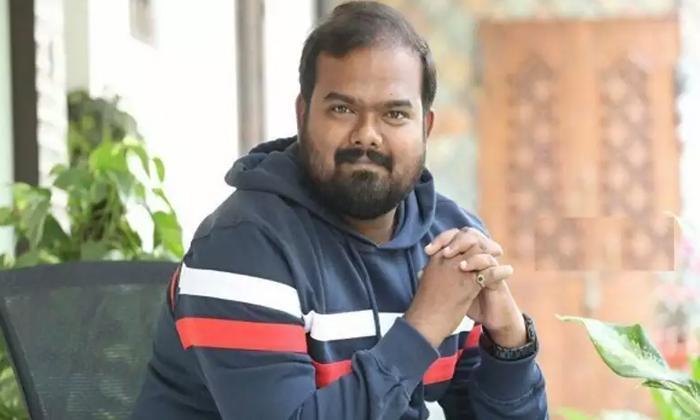 Venky Kudumula Assistant For Trivikram To Mahesh Babu Movie-గురువుగారి కోసం మళ్ళీ అసిస్టెంట్ అవతారం ఎత్తిన భీష్మ దర్శకుడు-Latest News - Telugu-Telugu Tollywood Photo Image-TeluguStop.com