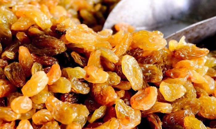 Telugu Benefits Of Raisins, Benefits Of Raisins Water, Good Health, Health, Health Tips, Latest News, Raisins Water, Summer, Summer Tips-Telugu Health - తెలుగు హెల్త్ టిప్స్ ,చిట్కాలు