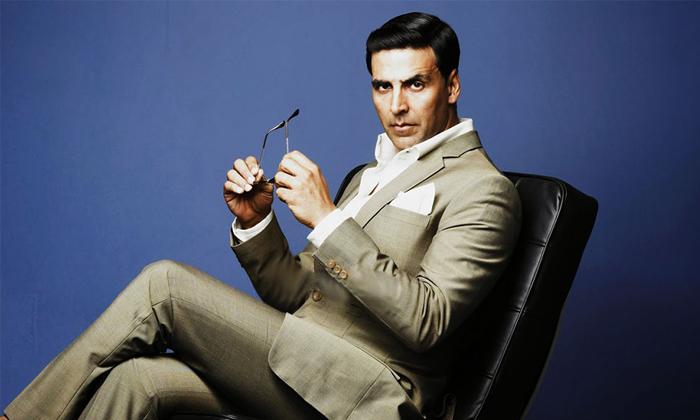 How Many Crores Does Bollywood Superstar Akshay Kumar Have-బాలీవుడ్ సూపర్ స్టార్ అక్షయ్ కుమార్ ఆస్తులు ఎన్ని కోట్లో తెలిస్తే-Gossips-Telugu Tollywood Photo Image-TeluguStop.com