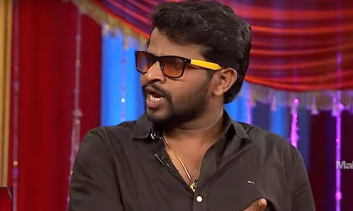 Aadi Shocking Comments About Anchor Anasuya-TeluguStop.com