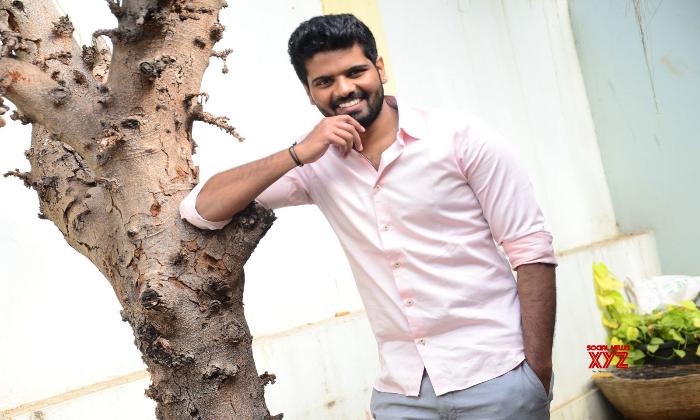 Keeravani Son Sri Simha Next Movie With Suresh Productions-TeluguStop.com