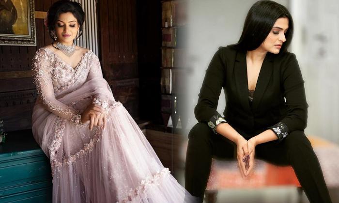 Malayalam Actress Divya Pillai Gorgeous Picture-telugu Actress Hot Photos Malayalam Actress Divya Pillai Gorgeous Pictur High Resolution Photo