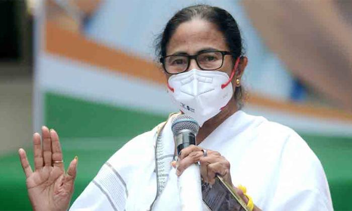 Tmc Mamata Banerjee Set To Take Oath Third Time-ప్రమాణ స్వీకారానికి ఎవరిని పిలవకూడదు అని డిసైడ్ అయిన మమత..-Latest News - Telugu-Telugu Tollywood Photo Image-TeluguStop.com