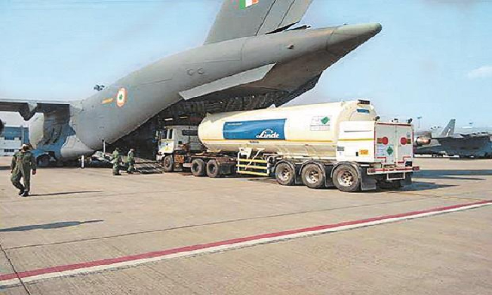 Oxygen Tankers From Singapore Reached AP Through Waterways-Latest News English-Telugu Tollywood Photo Image-TeluguStop.com