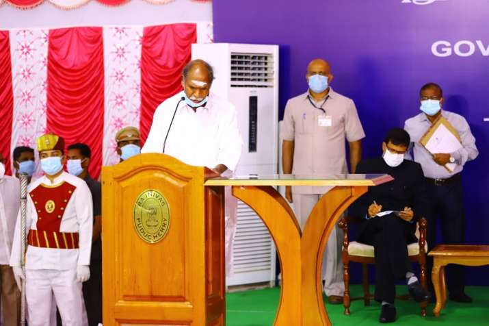 Rangaswamy As Fourth Chief Minister Of Puducherry-TeluguStop.com