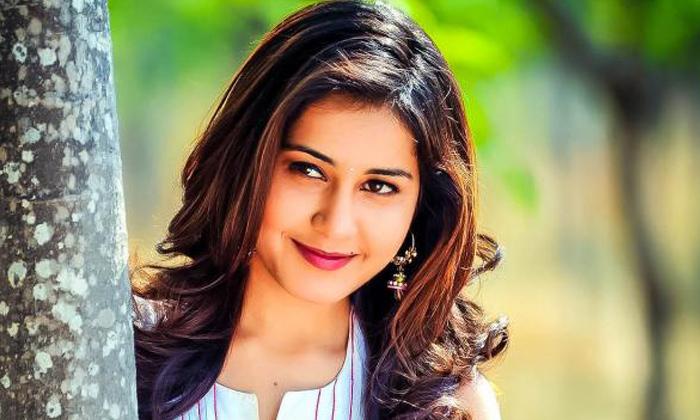 Viral Rashi Khanna Shares Emotional Moment About Madras Cafe Movie Shooting-వెక్కివెక్కి ఏడ్చిన రాశీఖన్నా.. ఆ సీన్లే కారణమట…-Latest News - Telugu-Telugu Tollywood Photo Image-TeluguStop.com