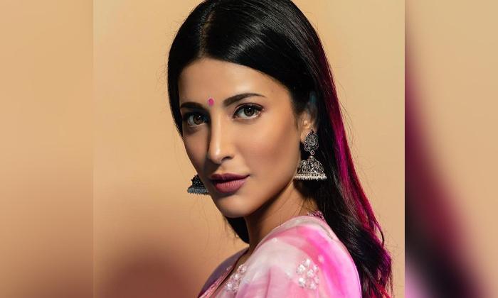 Shruthi Haasan For Balakrishna In Gopichand Movie-TeluguStop.com