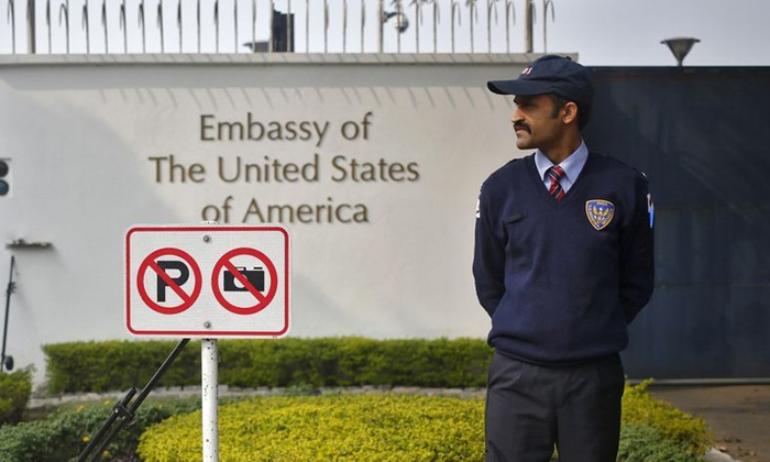 Indian Students Worried That Us Travel Restrictions Could Delay Their Study Plans-TeluguStop.com