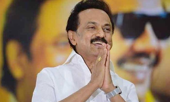 Tamil Nadu Cm Palani Swamy Resigns-రాజీనామా చేసిన తమిళనాడు సీఎం..-General-Telugu-Telugu Tollywood Photo Image-TeluguStop.com