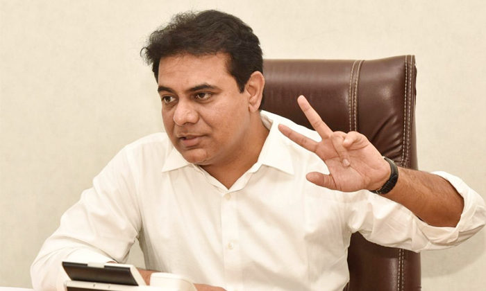 Telangana Minister Ktr Says The Next Two Weeks Are Very Crucial-TeluguStop.com