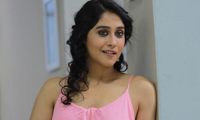 Regina And Nivetha Thomas To Star In A Korean Remake-శాకినీ-డాకినీ గా రాబోతున్న రెజినా, నివేథా థామస్-Latest News - Telugu-Telugu Tollywood Photo Image-TeluguStop.com