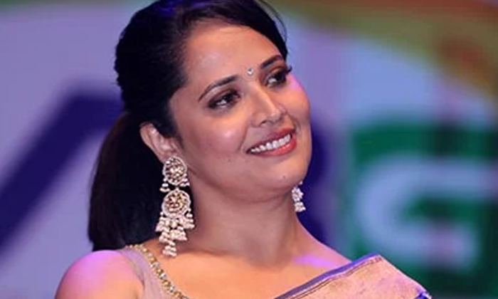 This Is The Damage Done To Me By Corona Anasuya Viral Comments-TeluguStop.com