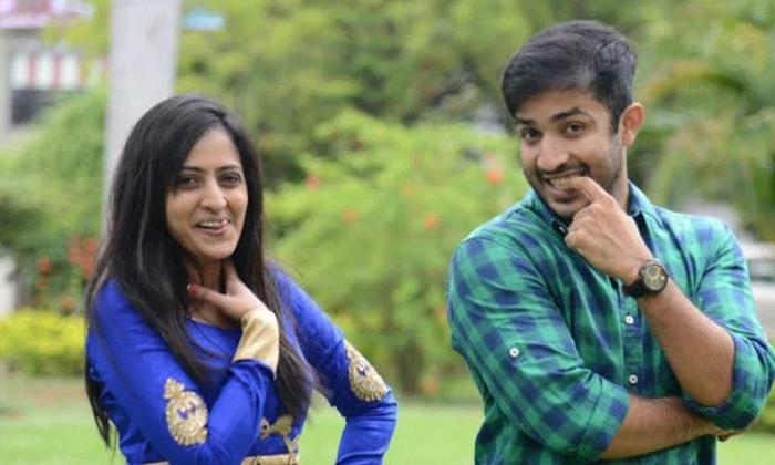 Star Anchor Lasya Satires On Anchor Ravi Habits-అవి లేకపోతే రవి బ్రతకలేడు.. లాస్య కీలక వ్యాఖ్యలు..-Latest News - Telugu-Telugu Tollywood Photo Image-TeluguStop.com