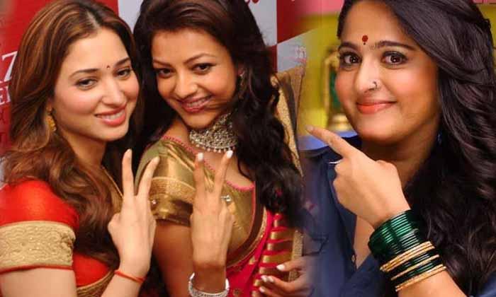 Do You Know Any Of The Star Heroines Who Have Acted In Dual Roles-డ్యూయల్ రోల్స్ లో నటించిన స్టార్ హీరోయిన్స్ ఎవరో తెలుసా-Latest News - Telugu-Telugu Tollywood Photo Image-TeluguStop.com