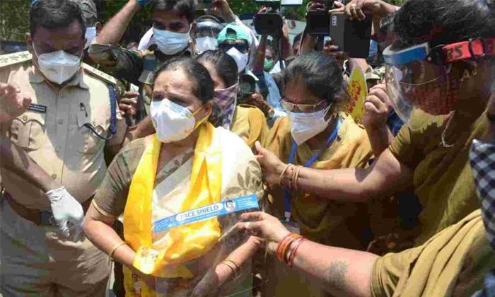 Ap Opposition Parties Protesting Over Tirupati Ruya Hospital Incident-తిరుపతి ఘటనపై నిరసనకు దిగిన ప్రతిపక్ష పార్టీలు.. -Breaking/Featured News Slide-Telugu Tollywood Photo Image-TeluguStop.com