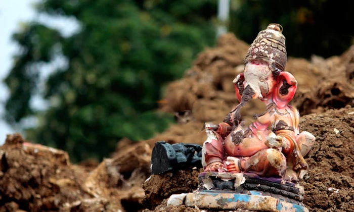 Are You Throwing Out The Broken Idols-TeluguStop.com