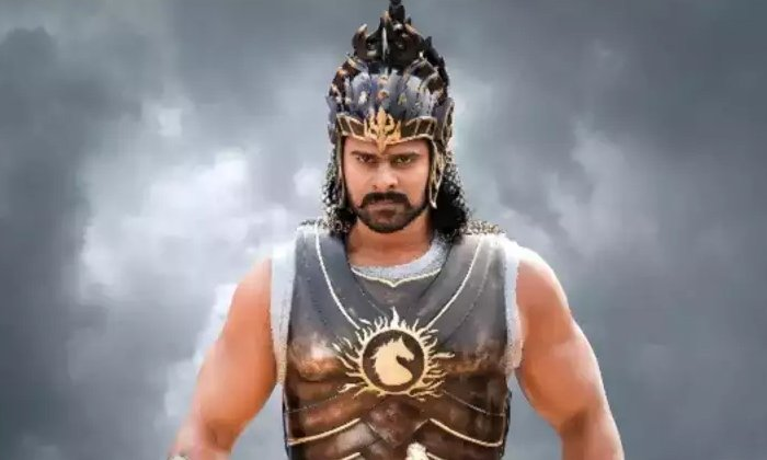 Bahubali Actor Kosaraju Aditya Sensational Comments On Hero Prabhas Character And Attitude-TeluguStop.com