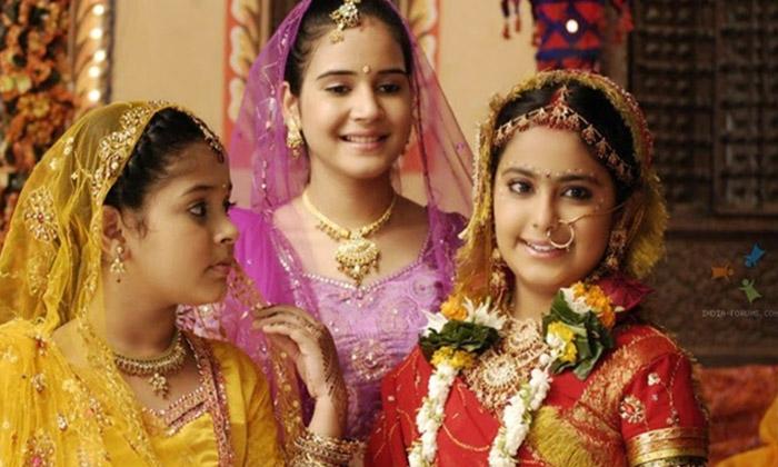 Chinnari Pellikuthuru Telugu Serial Comming Soon As Anandhi In Etv Plus Channel-TeluguStop.com