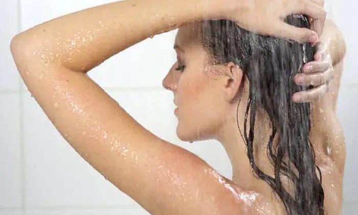 Hot Water Bathing Not Cure Covid Virus-TeluguStop.com