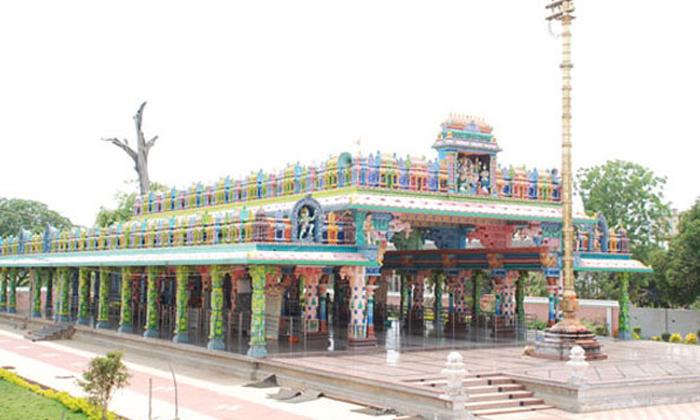 Facts About Sri Maddi Anjaneya Swamy Temple-TeluguStop.com