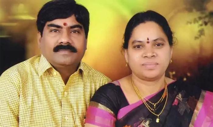 Putta Madhu Opened Her Mouth During The Police Investigation-పోలీసుల విచారణలో నోరు విప్పిన పుట్ట మధు.. ఆ భయంతోనే పారిపోయా…-Breaking/Featured News Slide-Telugu Tollywood Photo Image-TeluguStop.com