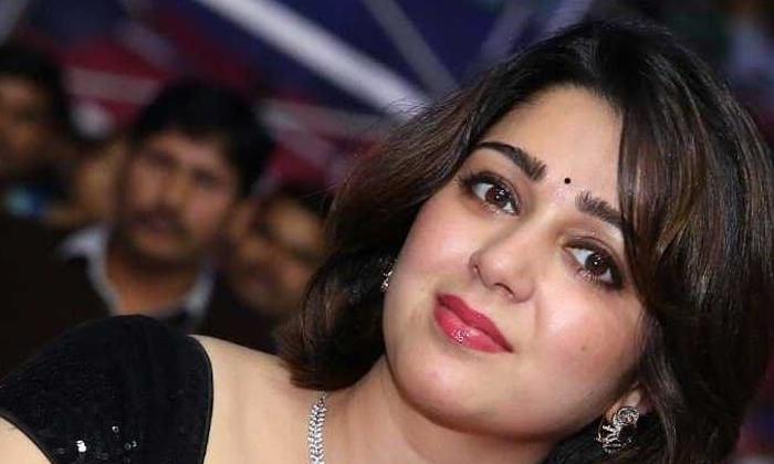 Movie Actor Chaarmee Kaur About Marriage Rumours-TeluguStop.com