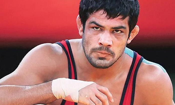 Notices To Star Wrestler Sushil Kumar-TeluguStop.com