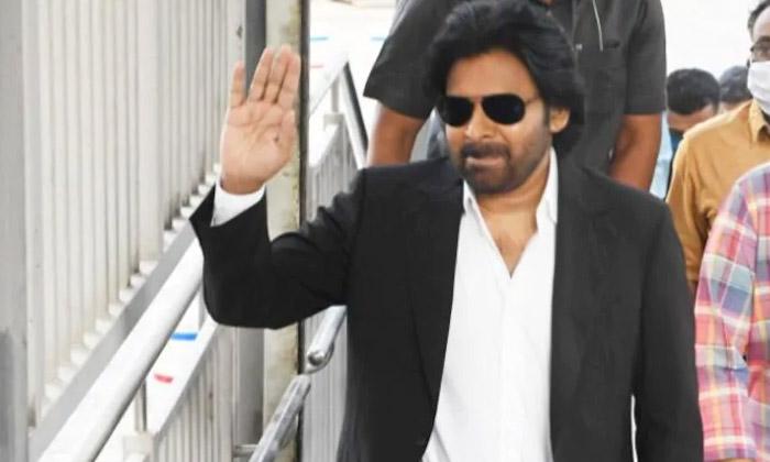 Comedian Prudhvi Raj Shocking Comments On Pawan Kalyan Character-పవన్ కళ్యాణ్'పై షాకింగ్ కామెంట్స్ చేసిన పృథ్వీ రాజ్..-Latest News - Telugu-Telugu Tollywood Photo Image-TeluguStop.com