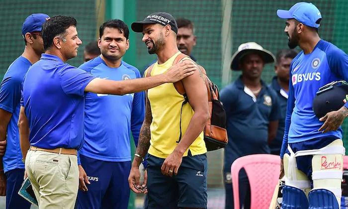 Rahul Dravid As Team India Coach-TeluguStop.com