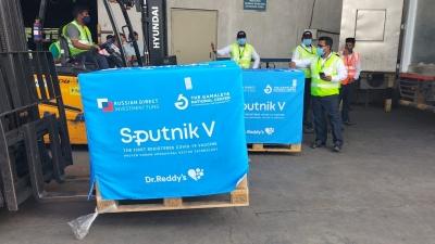 Second Consignment Of Sputnik V Vaccines Lands In Hyd-TeluguStop.com
