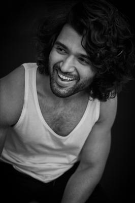 Teaser Launch Of Vijay Deverakonda Starrer 'liger' Postponed-TeluguStop.com