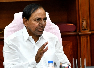 Telangana Cm Returns To Official Residence After Covid Recovery-TeluguStop.com