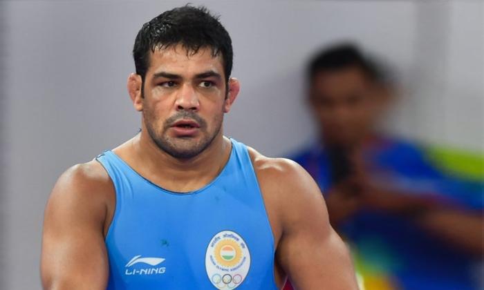 Young Wrestler Murder Case Rs 1 Lac Police Reward On Wrestler Sushil Kumar Announces Delhi Police-TeluguStop.com