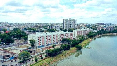 2bhk Houses For Poor With Lake View Come Up In Hyderabad-TeluguStop.com