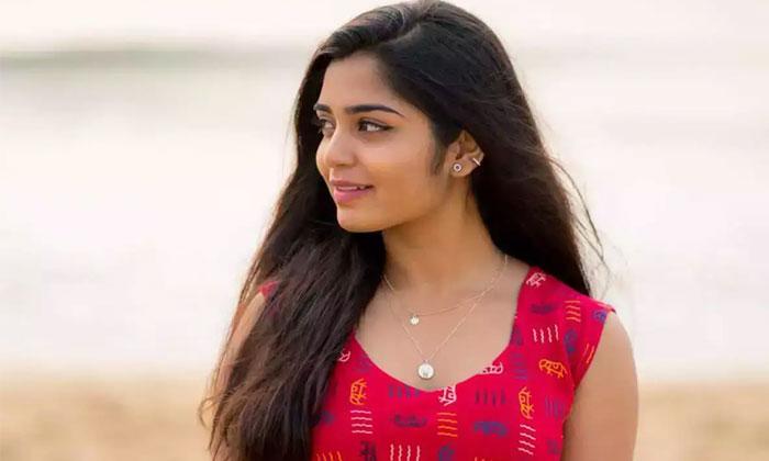 96 Gouri Kishan Debuts As Heroine In Telugu-TeluguStop.com