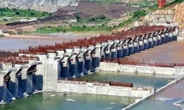 Ap Govt To Divert Godavari Water To The Spillway Today-TeluguStop.com