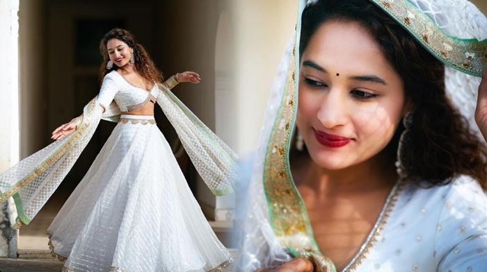 Actress Pooja Ramachandran Ravishing Pictures-telugu Actress Hot Photos Actress Pooja Ramachandran Ravishing Pictures - High Resolution Photo
