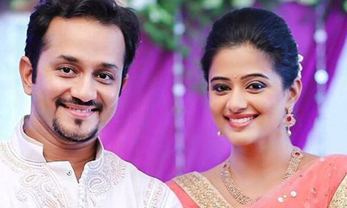 Tollywood Actress Priyamani Says Conflicts With Husband-TeluguStop.com