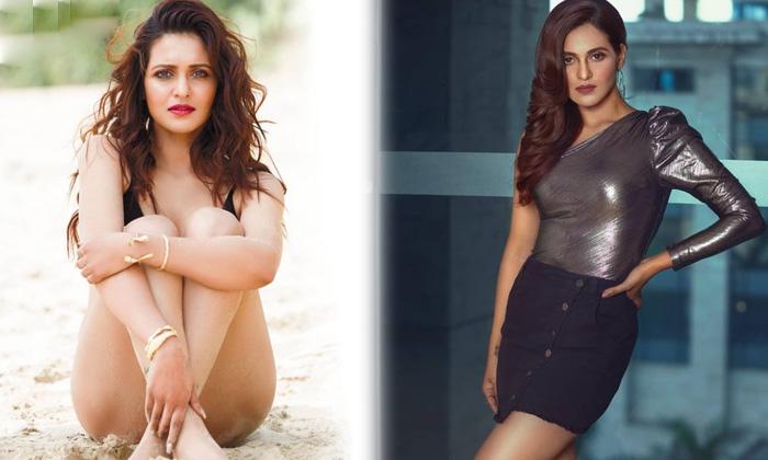 Bengali television actress priyanka sarkar hot viral clicks-ప్రియాంక సర్కార్ అందాల కనువిందు