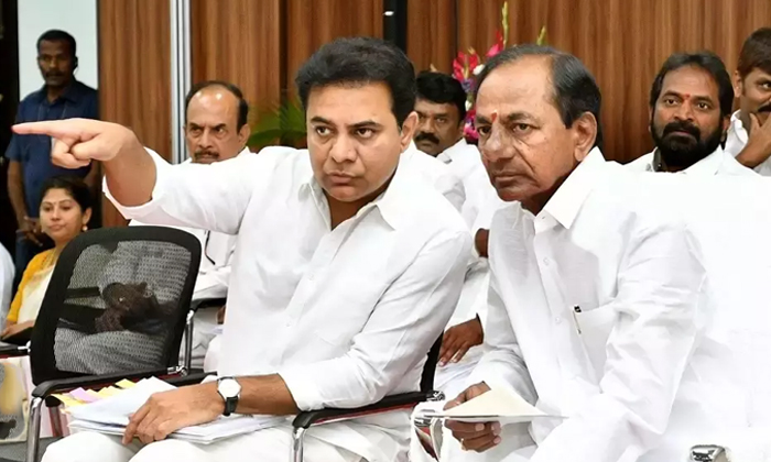 Freedom For Ministers In Trs Due To The Effect To Etela Rajender-TeluguStop.com