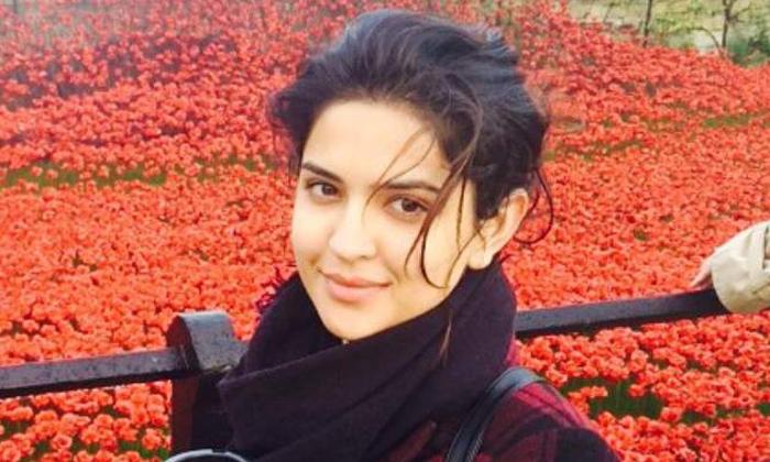 Telugu Deeksha Seth, Deeksha Seth Childhood Memories, Telugu Actress, Telugu Actress Deeksha Seth Childhood Memories, Tollywood-Movie