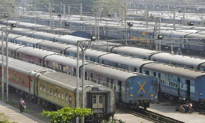 Indian Railways To Run Special Trains From Secunderabad Via Vijayawada-TeluguStop.com